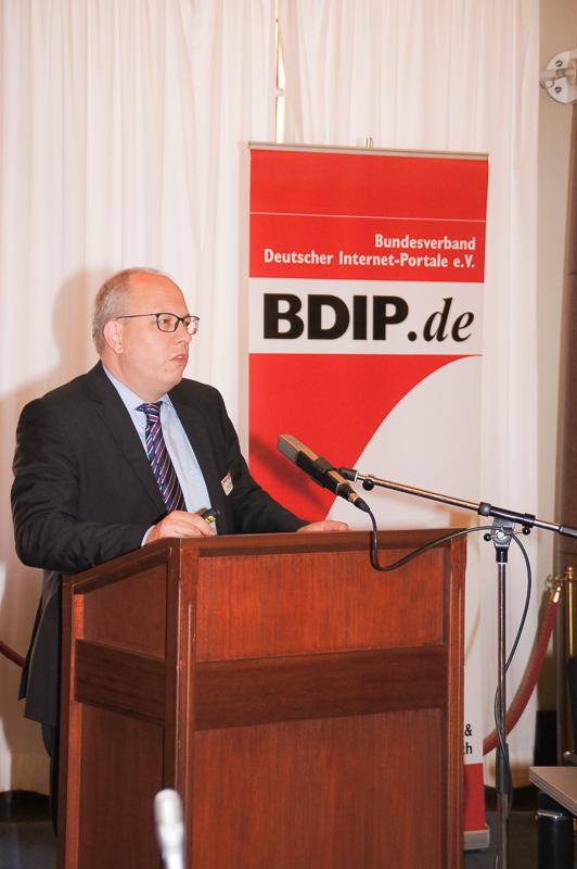 Alexander Handschuh, Deutscher Städte- und Gemeindebund (DStGB)